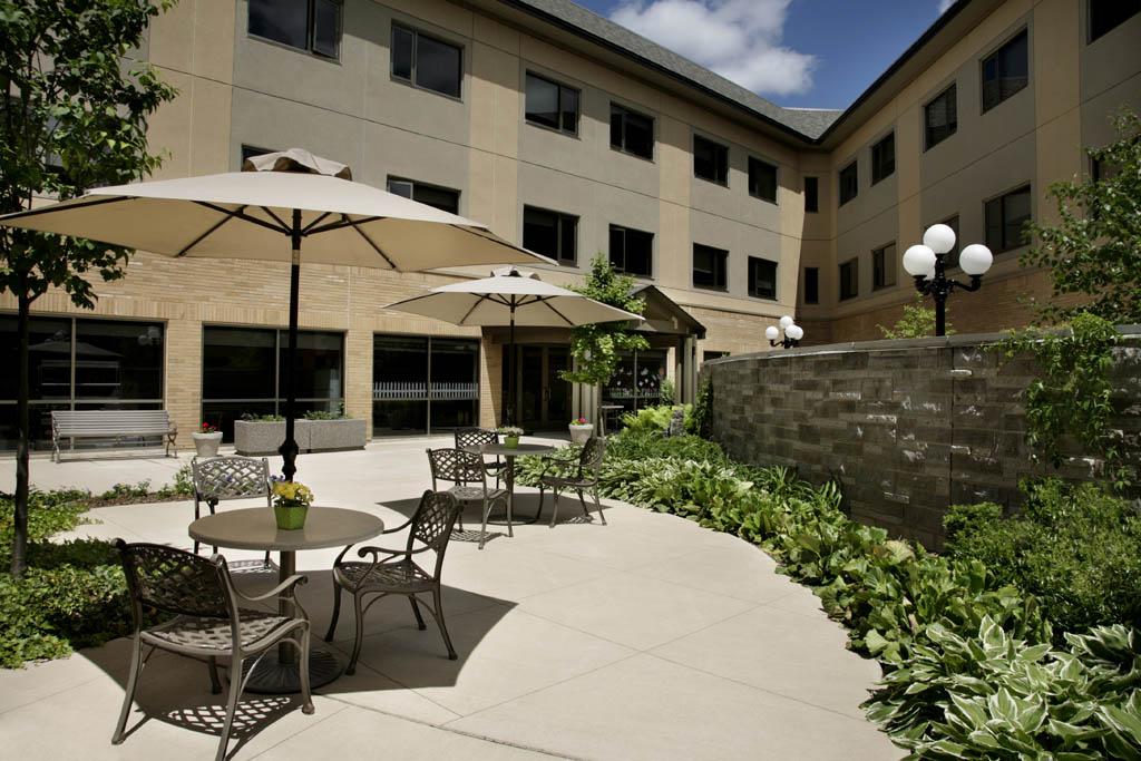 Sunnyside Home, Seniors' Day Centre + Alzheimer's Day Centre